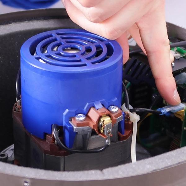 Semplice manutenzione di motore e scheda di aspirapolvere centralizzati Beam Electrolux