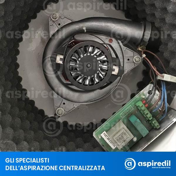 Installazione motore Domel 1800W su aspirapolvere centralizzato Aspiredil FE 05/4